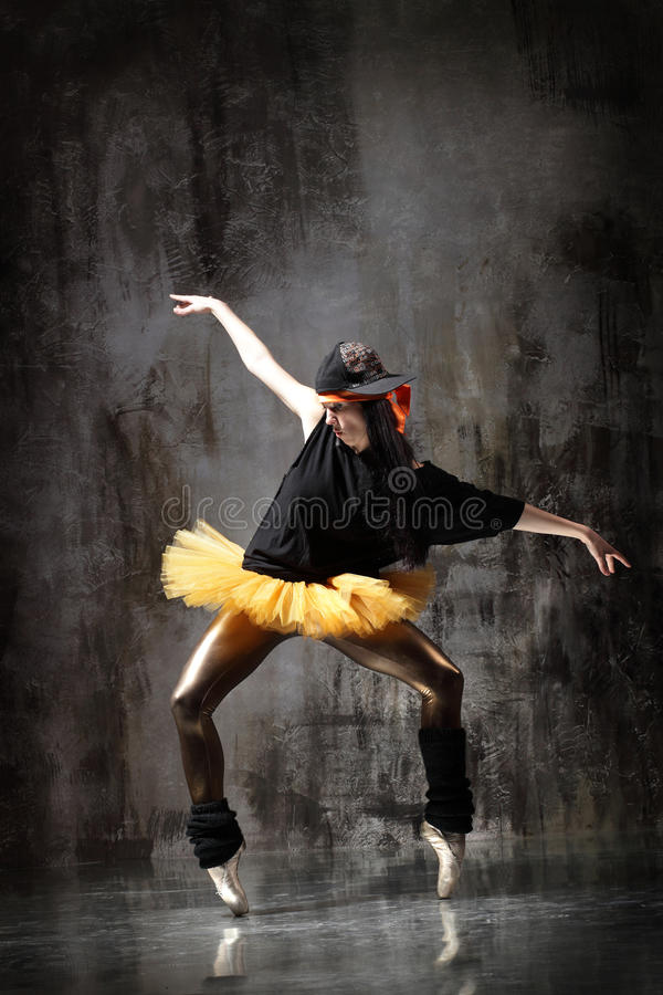 Download The Dancer Royalty Free Stock Photo - Image: 10340175