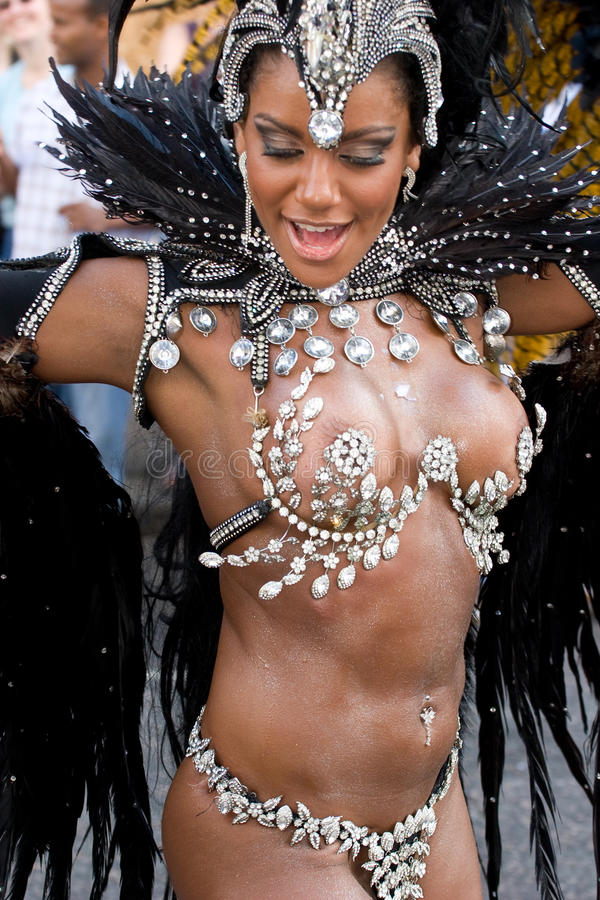 Download Dancer In The London Notting Hill Carnival Editorial Stock Image - Image: 10564704