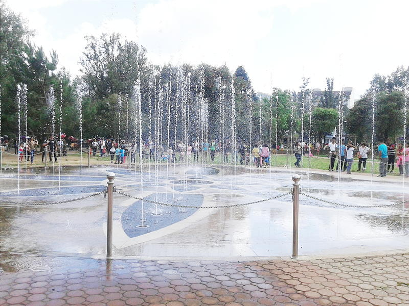 Dancingowa fontanna fotografia stock