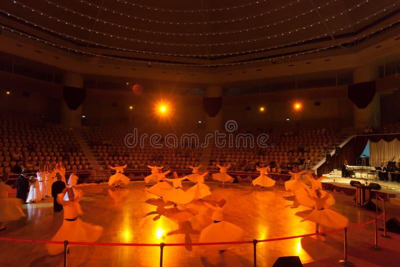 Dancingowi derwisze w Konya obrazy royalty free