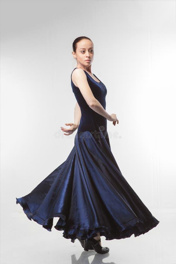 dancingowi flamenco białej kobiety potomstwa fotografia stock