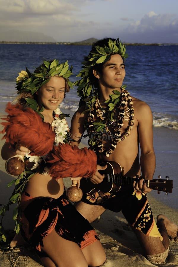 dancingowy pary hula fotografia royalty free