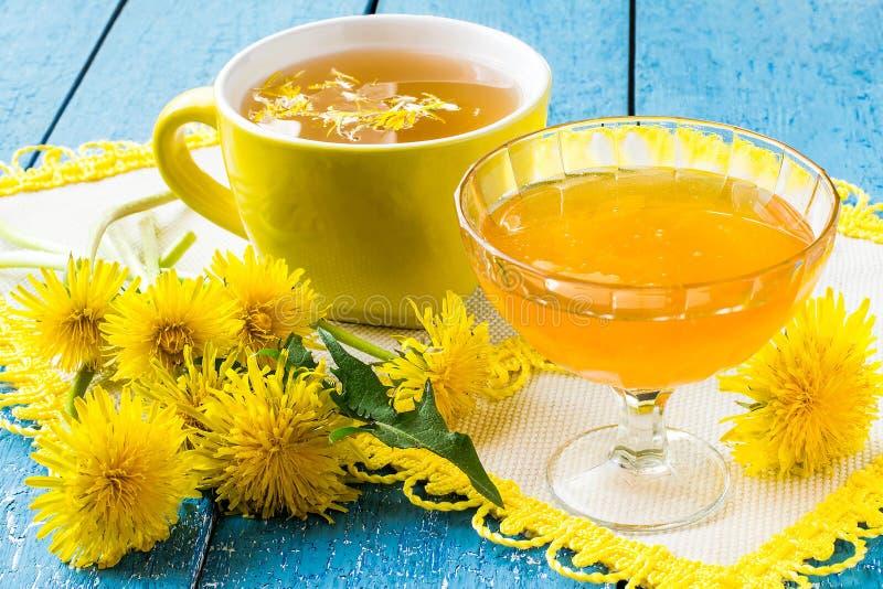 Download Dandelions, Herbata I Dżem Dandelions, Obraz Stock - Obraz złożonej z kwiat, złoto: 53781737