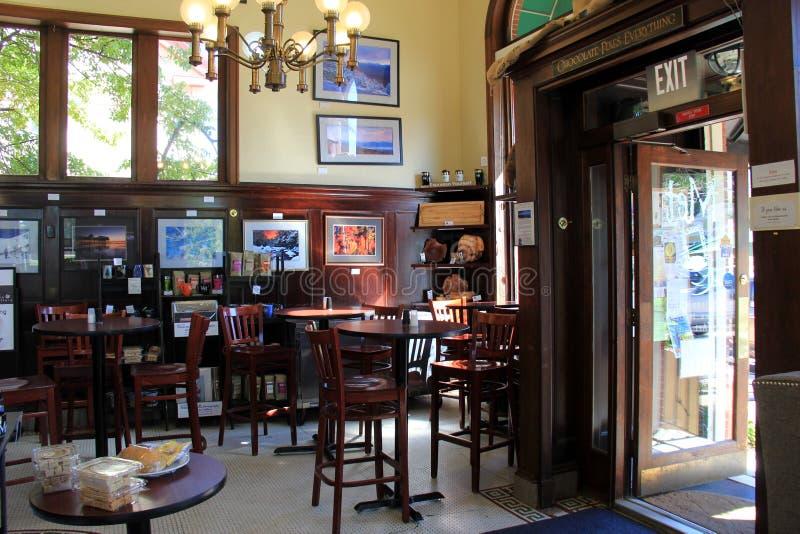 Dando boas-vindas à cena com assento aberto, o café encontrado, Conway norte, New Hampshire, 2016 foto de stock royalty free