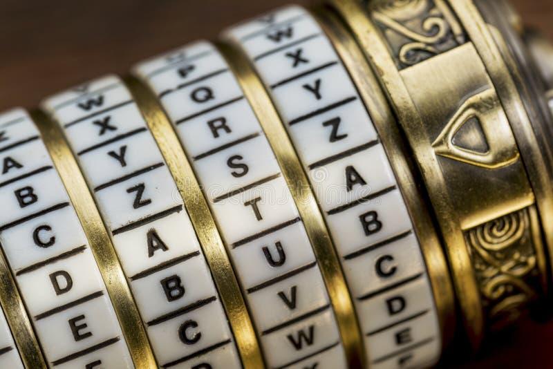 Dane słowo jako hasło - kombinaci łamigłówki pudełko fotografia royalty free
