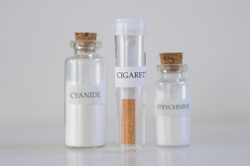 Danger de cigarette images libres de droits