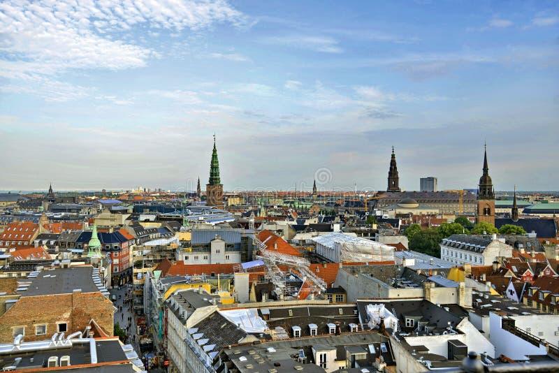 Dani Kopenhaga linii horyzontu widok fotografia stock