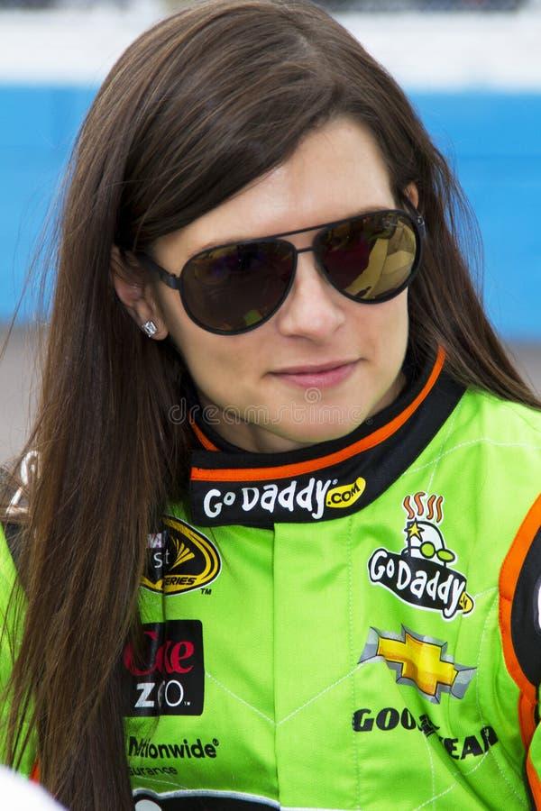 Taza de NASCAR Sprint y Danica Patrick a escala nacional foto de archivo