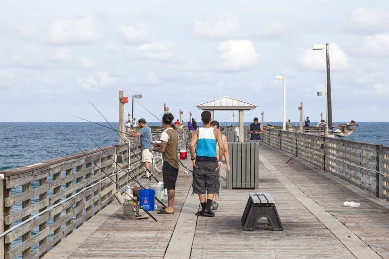 Danie plaży połowu molo, Floryda fotografia stock