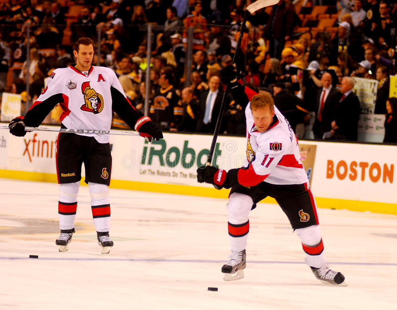 Download Daniel Alfredsson Ottawa Senators Editorial Stock Photo - Image: 23139518