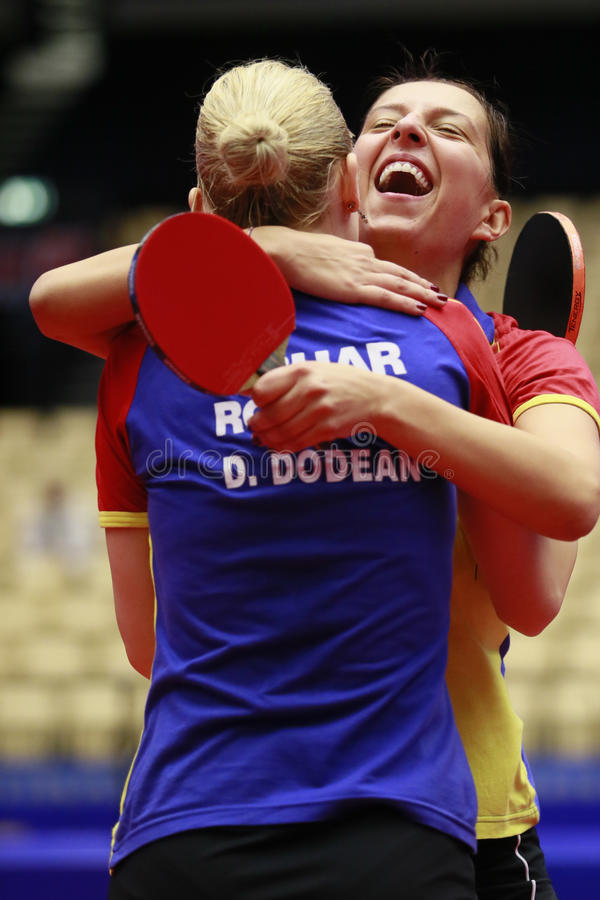 Daniela Dodean (ROM) und Samara (ROM) lizenzfreies stockbild