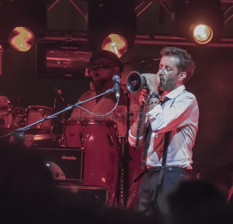 Daniele silvestri live on stage