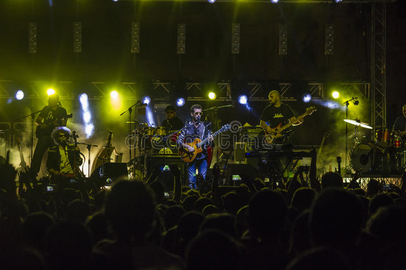 Download Daniele Silvestri Live On Stage Editorial Image - Image of stage, tour: 39371505