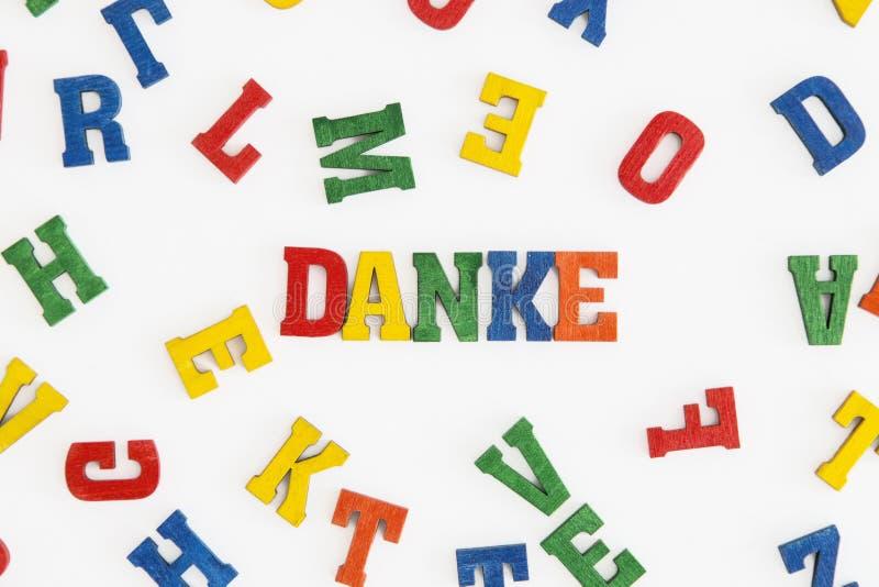 Download Danke 库存照片. 图片 包括有 黄色, 谢意, 模式, 空白, 蓝色, 德语, 橙色, 谢谢, 对象 - 59102672