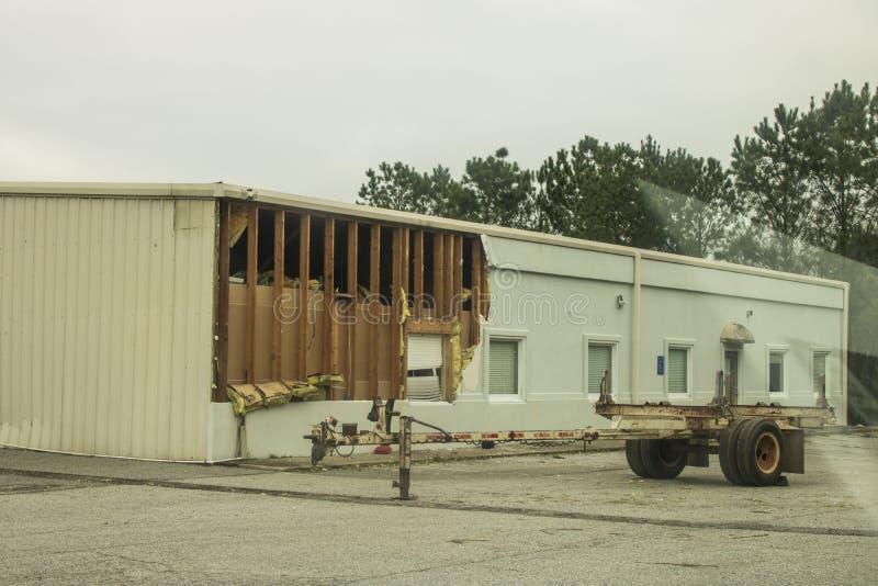 Danno della parete dal tornado di Fortson immagine stock