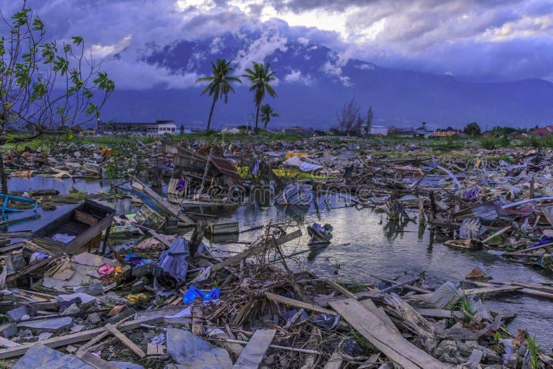 Dano severo do terremoto e da liquefação imagens de stock