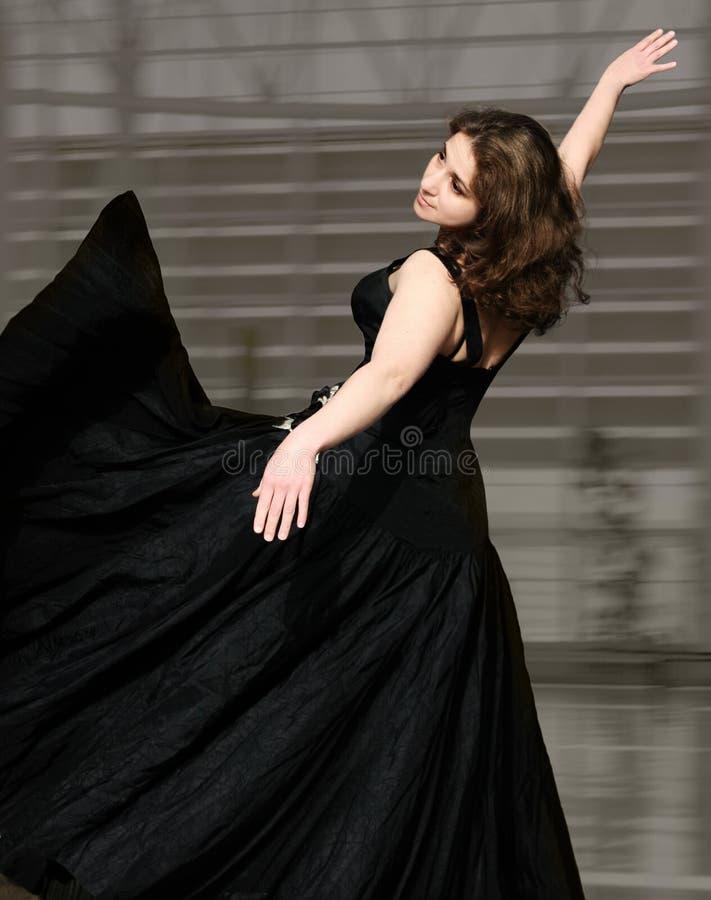 Download Dans fotografering för bildbyråer. Bild av dans, natt, mångfald - 986035