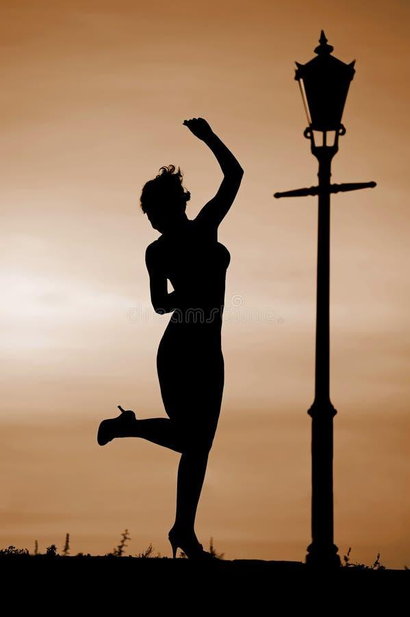 Dans bij zonsondergang royalty-vrije stock afbeeldingen