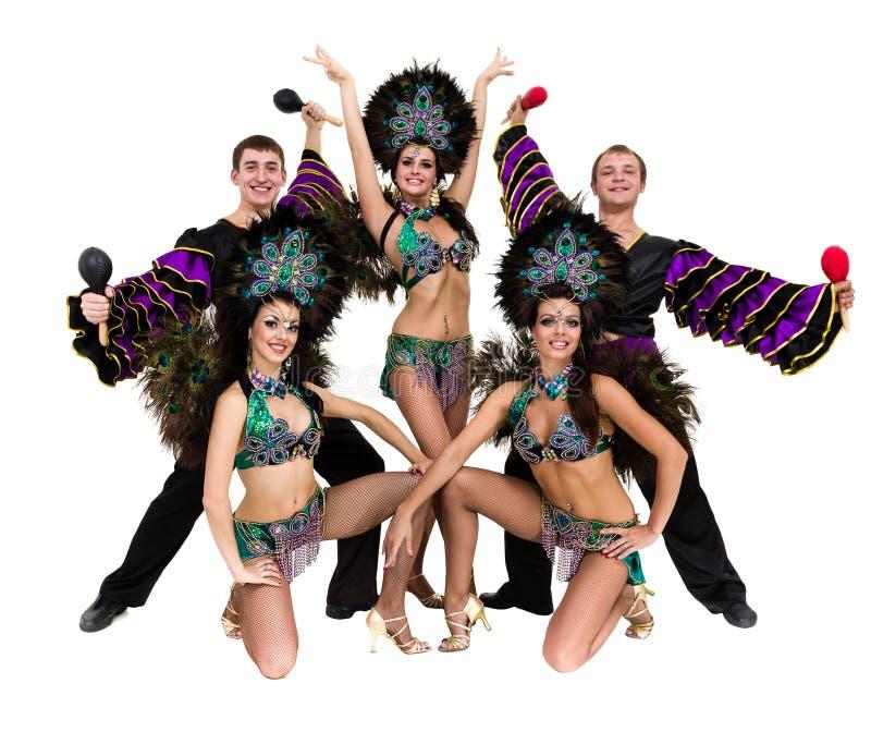 Dans för sambadansarelag som isoleras på den vita oavkortade längden arkivbild