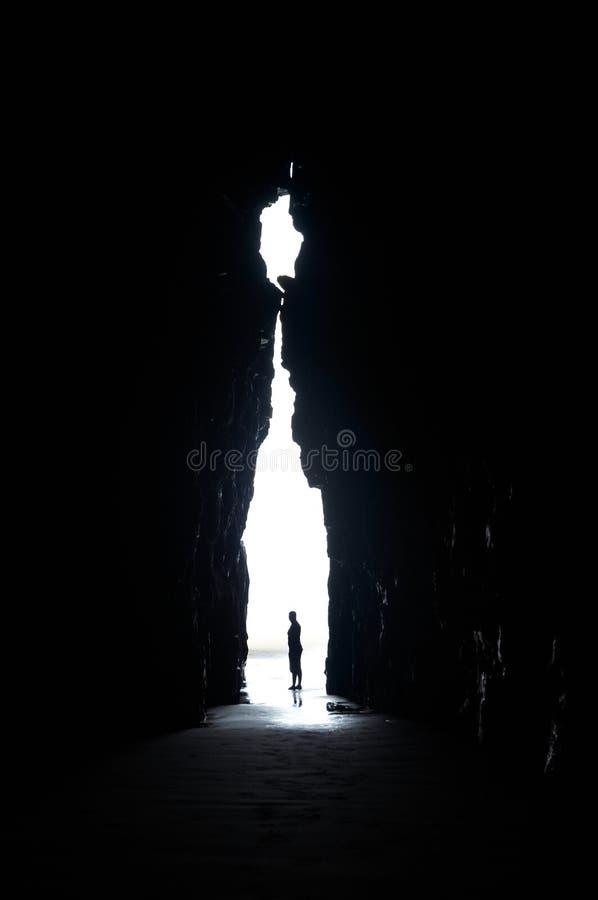 Dans la caverne photo stock