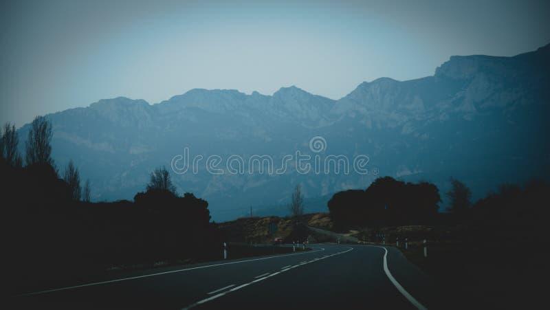 Dans la route photo stock