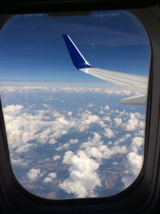 Dans le ciel photos stock
