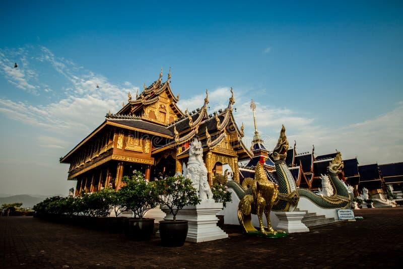 Dans le temple photo libre de droits
