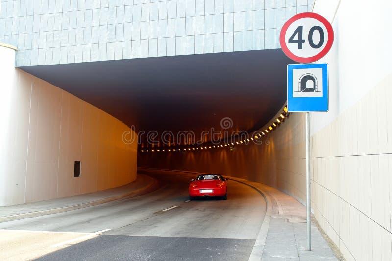 Dans le tunnel image libre de droits