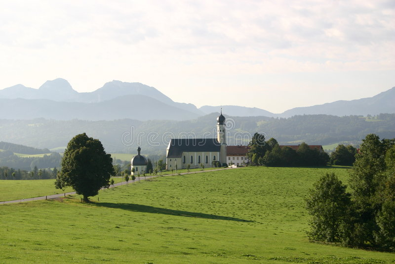 Download Dans les Alpes allemands photo stock. Image du zone, nuages - 162808