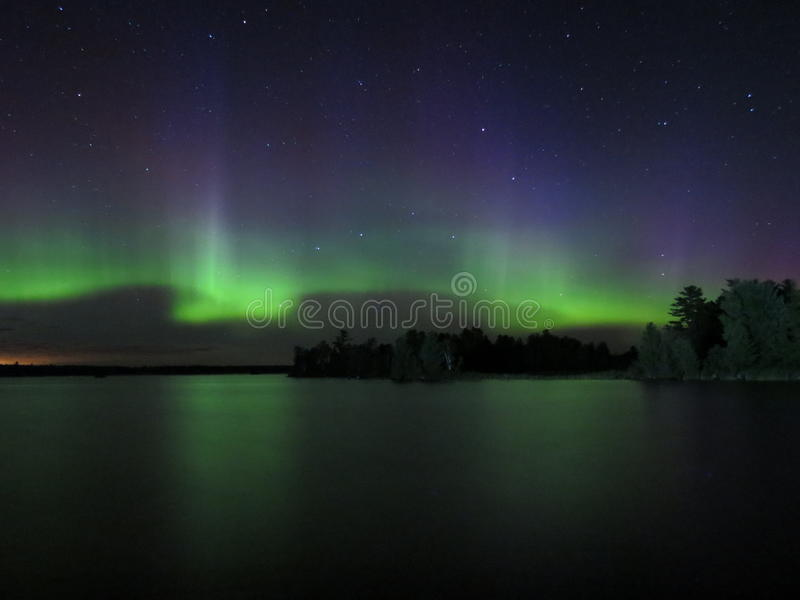 Dans van de Noordelijke Lichten stock afbeelding