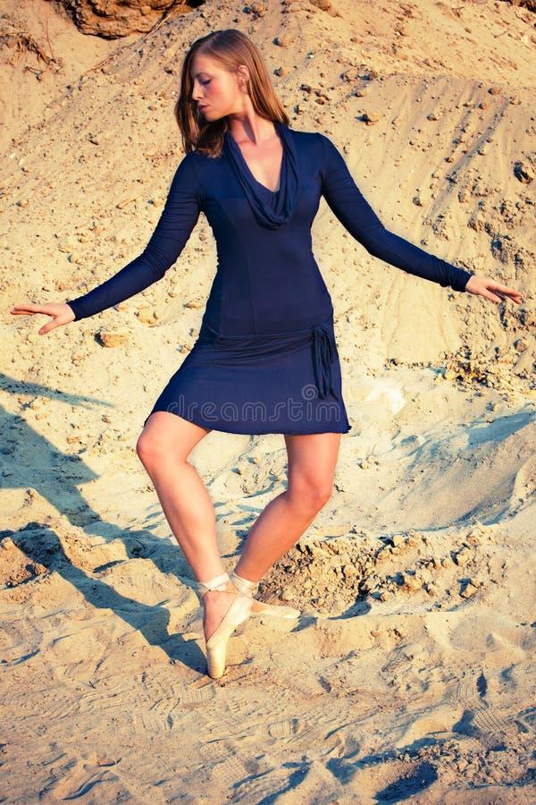 Dans in zand royalty-vrije stock foto's