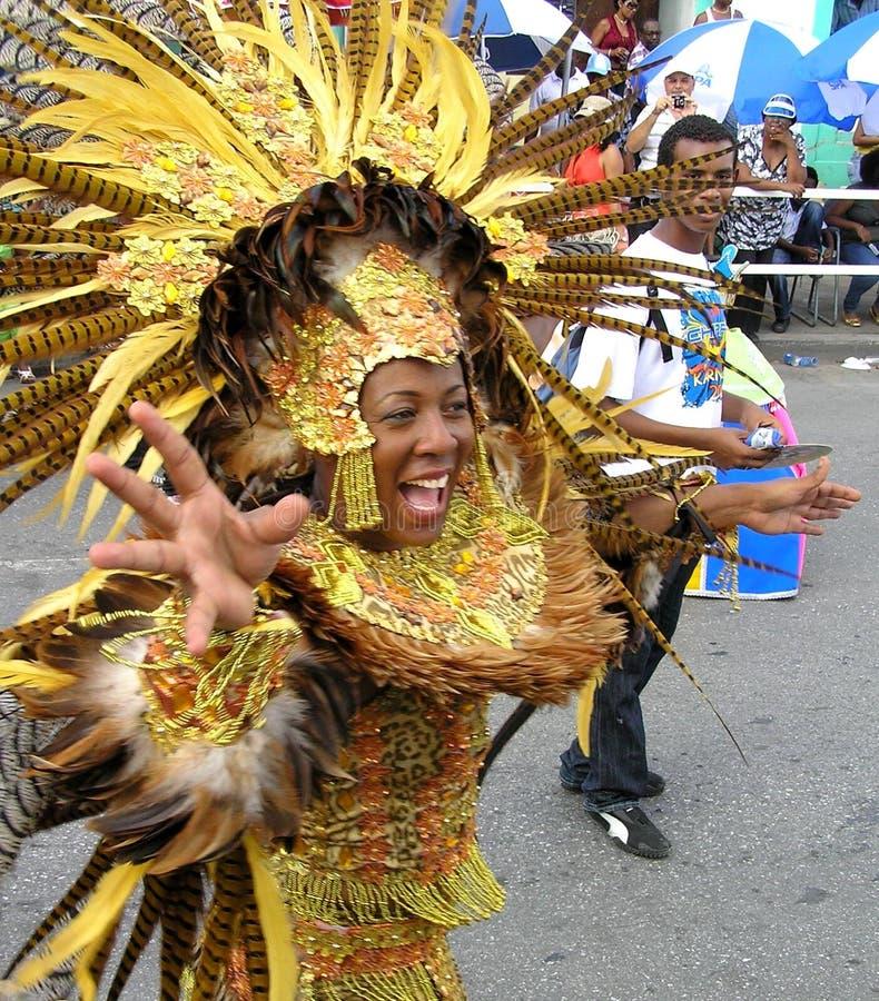 Dansare på karnevalet av ön av Curacao Februari 3, 2008 royaltyfria bilder