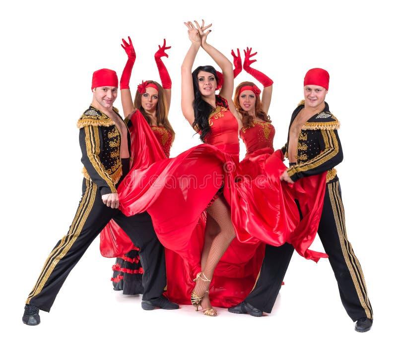 Dansarelag som bär i traditionell flamenco royaltyfri bild