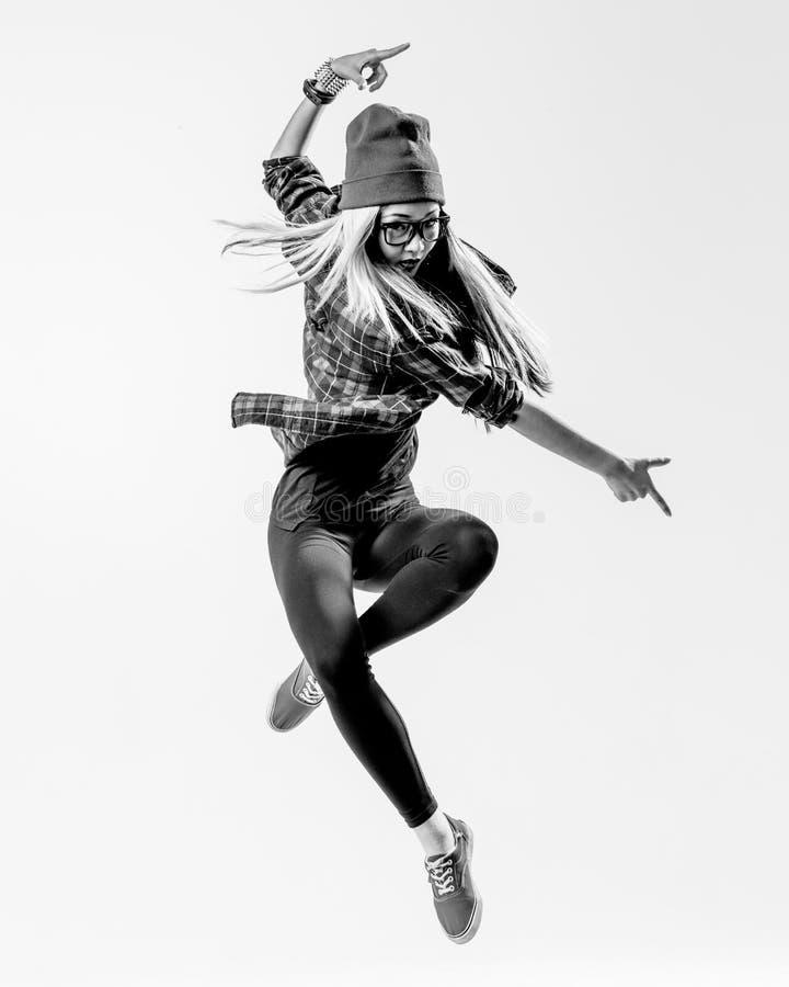 Dansaren i studio arkivfoton