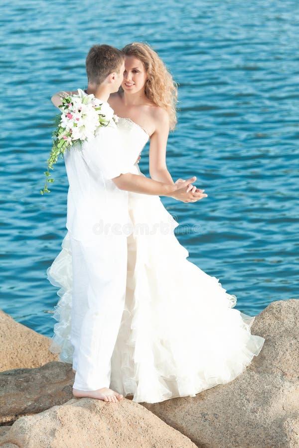 dansbröllop fotografering för bildbyråer