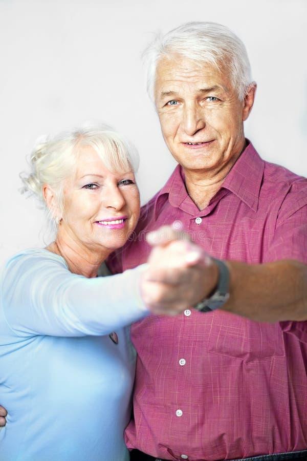 Danse aînée de couples photographie stock