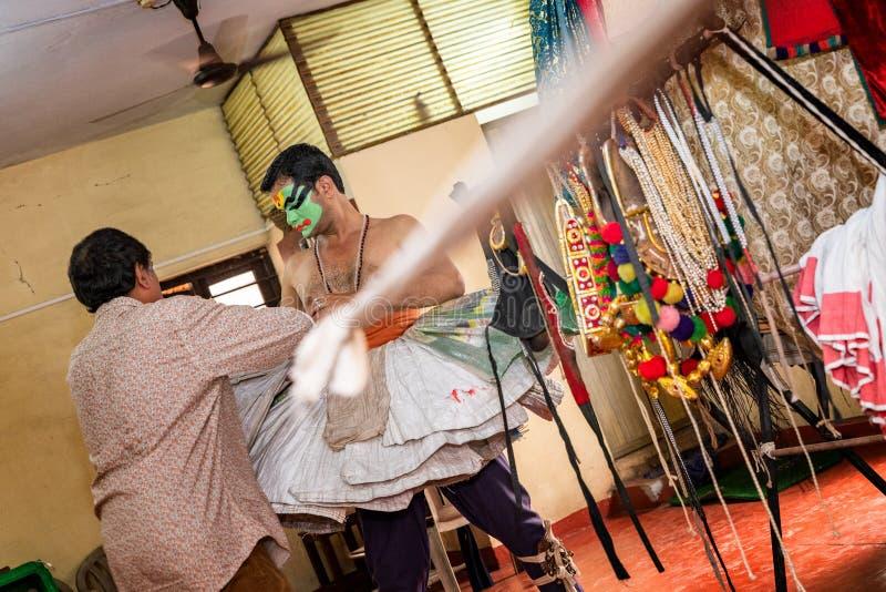 Danse события Katakali Индии и подготовка театра стоковое фото rf