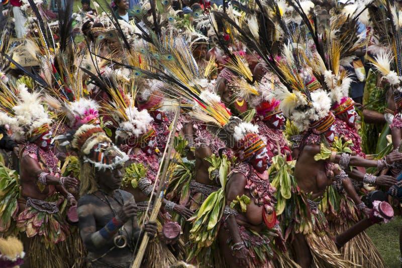 Danse coloreado demostración de Goroka imágenes de archivo libres de regalías