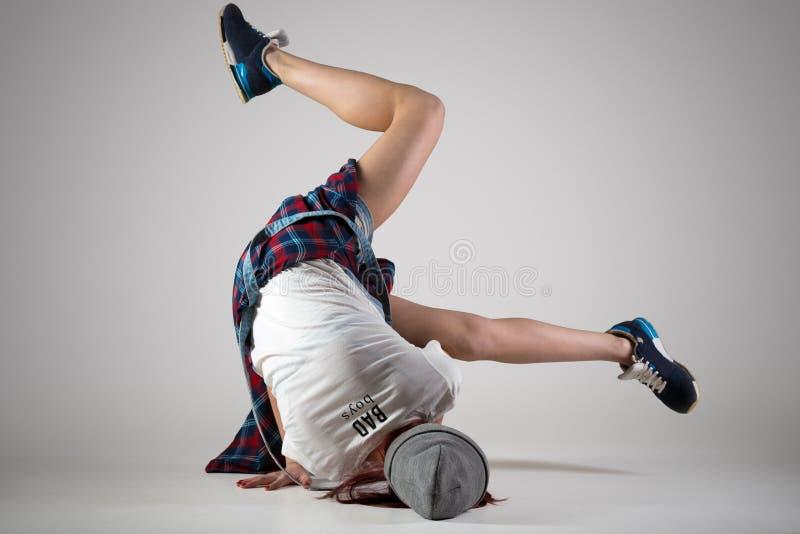 Danse de l'adolescence de fille de smurf photographie stock libre de droits