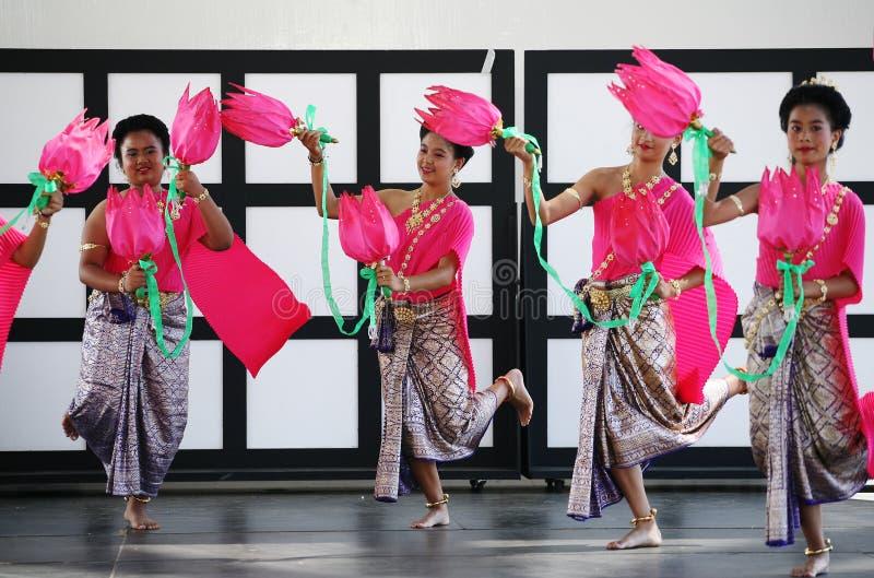 Danse de lotus de la Thaïlande horizontale photos libres de droits