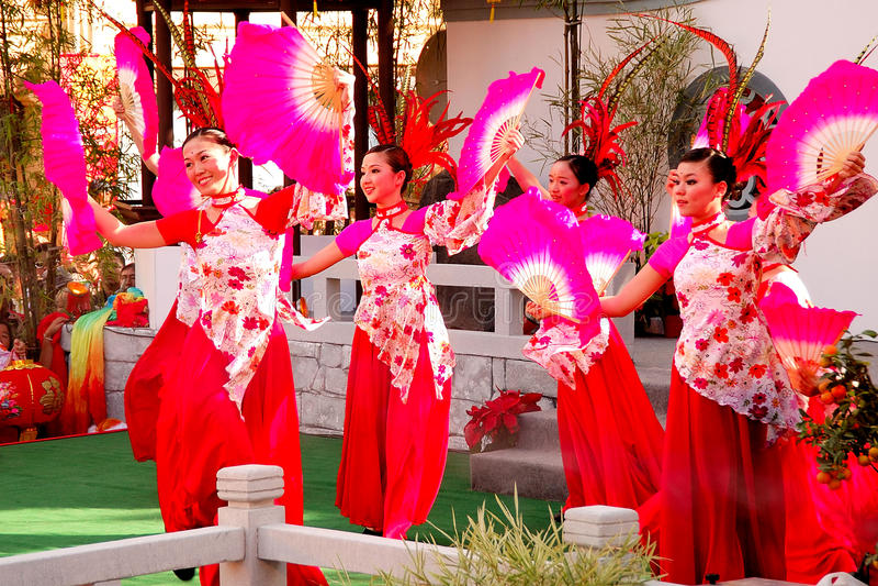 Danse de ventilateur chinoise image stock