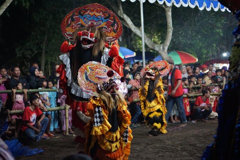 Danse folklorique barongan de Jathilan, Yogyakarta, Indonésie image stock