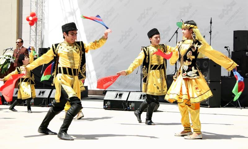 Danse folklorique de l'Azerbaïdjan photographie stock libre de droits