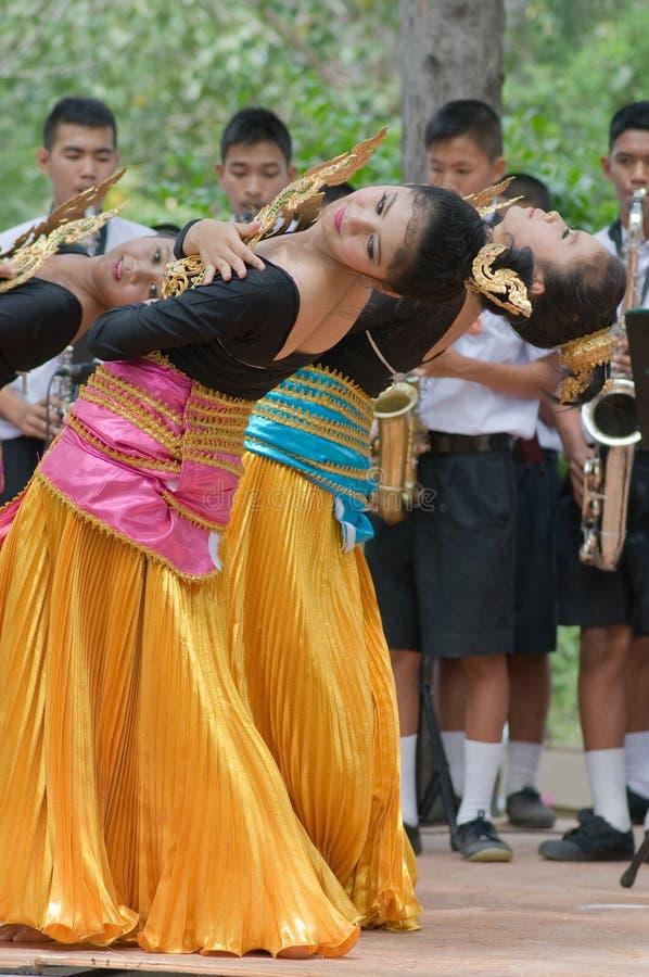 Danse folklorique thaïe photographie stock