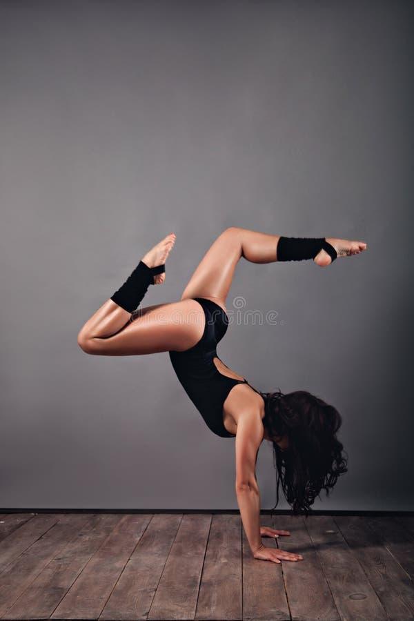 Danse moderne de type photo libre de droits