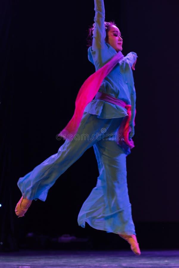 Danse moderne   ressort photo stock