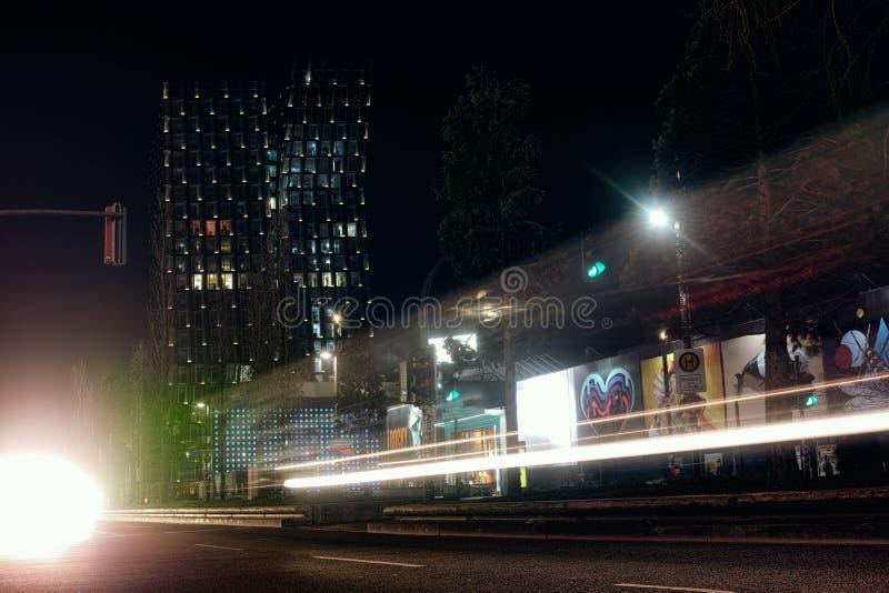 Danse rouge de partie de l'Europe d'exposition de nuit de bâtiments de rues de HAMBOURG buvant crime de maison de port de transpo photographie stock
