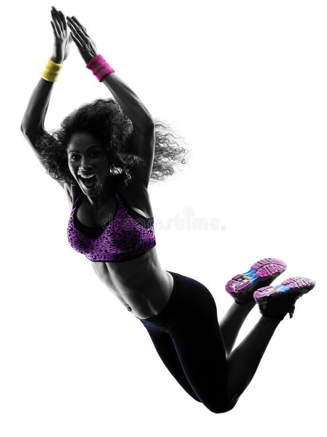 Dansen för kvinnazumbadansare övar konturn royaltyfri bild