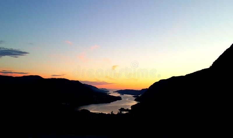Dansende fjord stock afbeeldingen