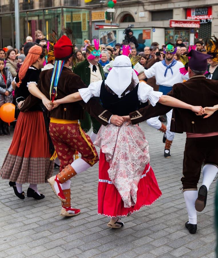 Dansende mensen bij Carnaval-Ballen royalty-vrije stock afbeeldingen